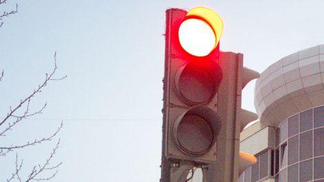 Новые светофоры начали работать в Екатеринбурге
