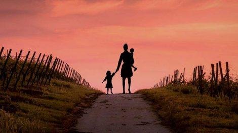Мать с детьми развод
