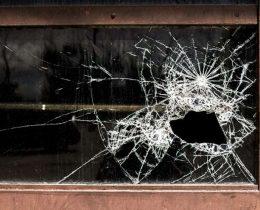 разбитое окно капитальный ремонт